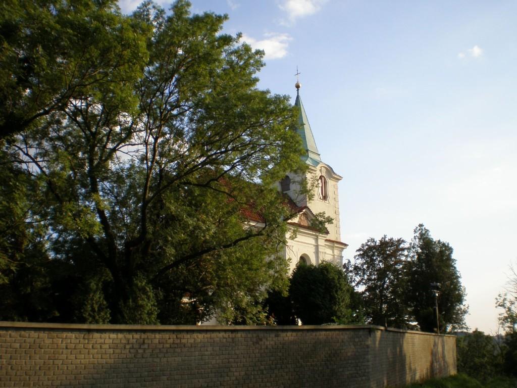 893 - Horní Šárka - kostel svMatěje