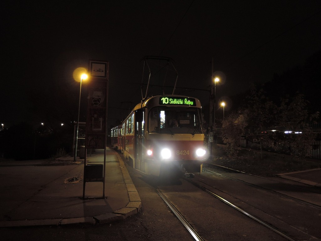 4827-linka-10-krejcarek-dpp-tatra-t3r-p-8424