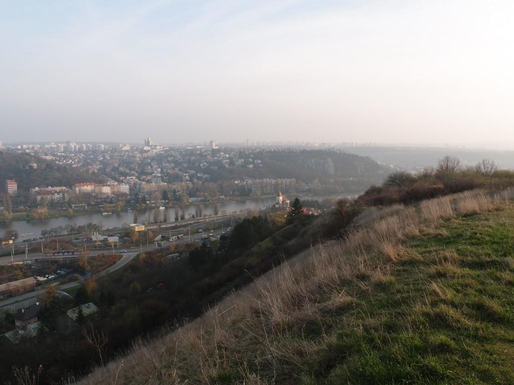 pohled z Děvína směrem na Zlíchov (na JV)