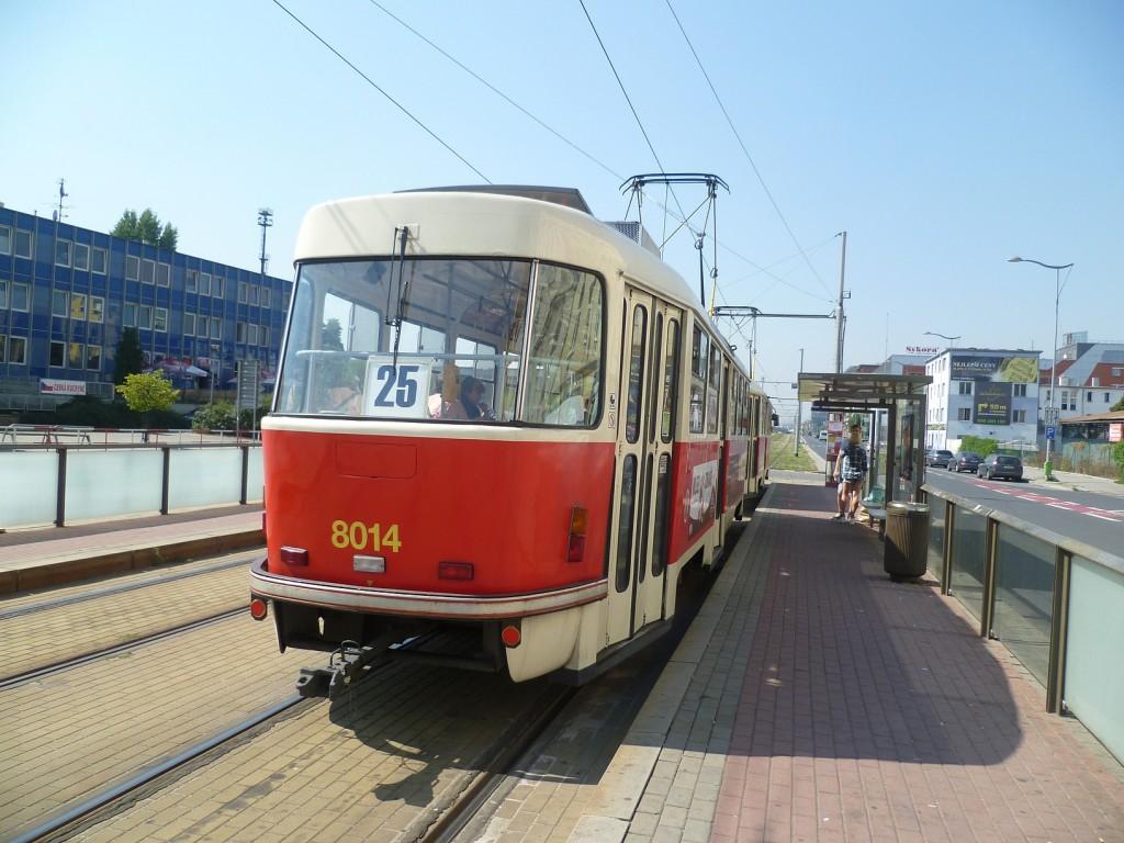 4250-linka-25-nadrazni-liben-dpp-tatra-t3m-8014