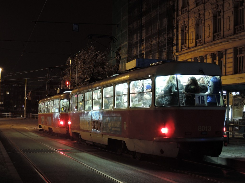 4716-linka-16-palackeho-namesti-dpp-tatra-t3m-8013