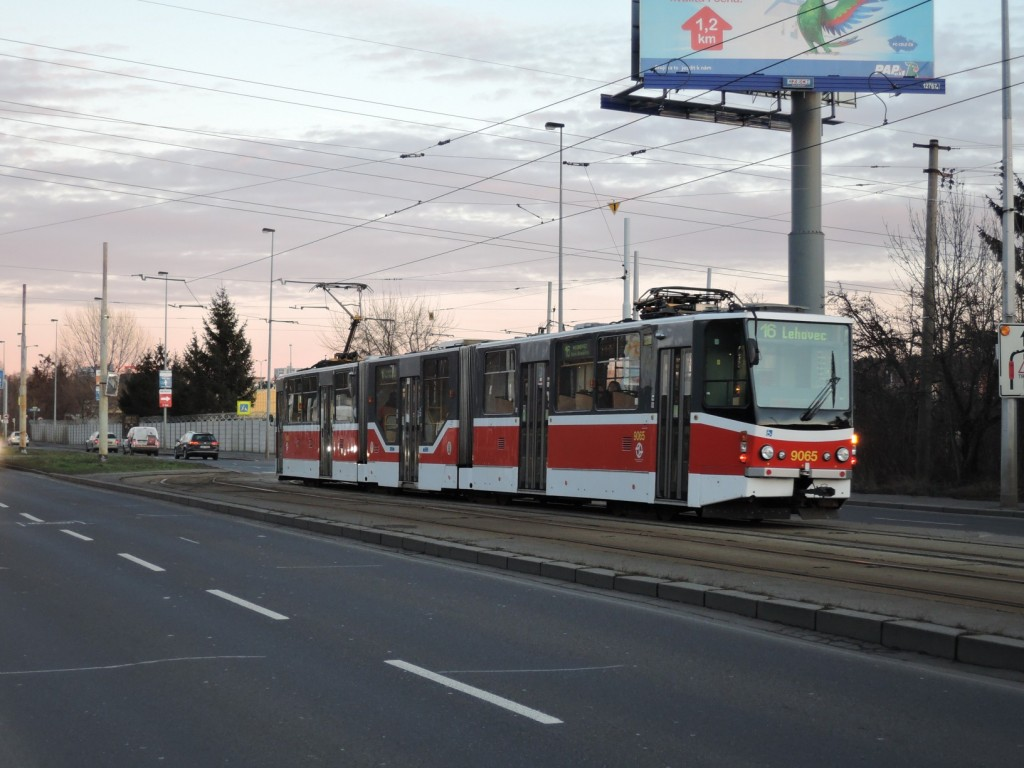 5351-linka-16-novy-hloubetin-dpp-tatra-kt8d5-rn2p-9065