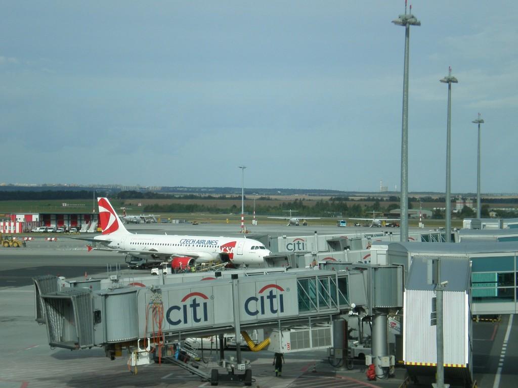 905 - Ruzyně - letiště