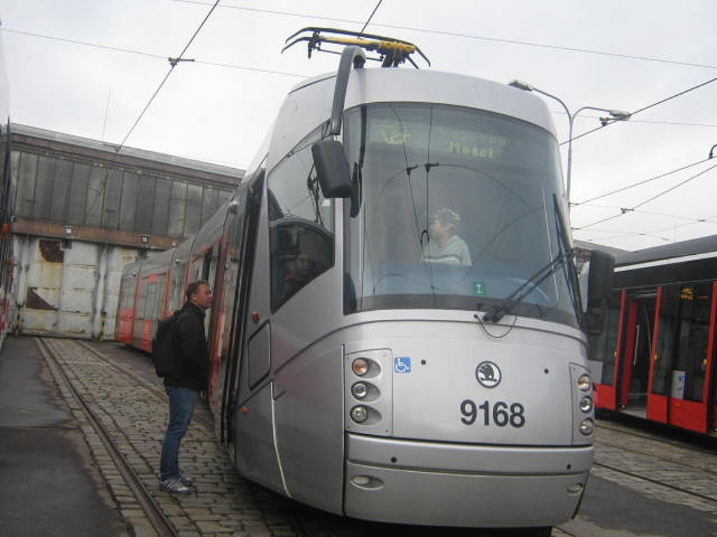 tramvaj 14T