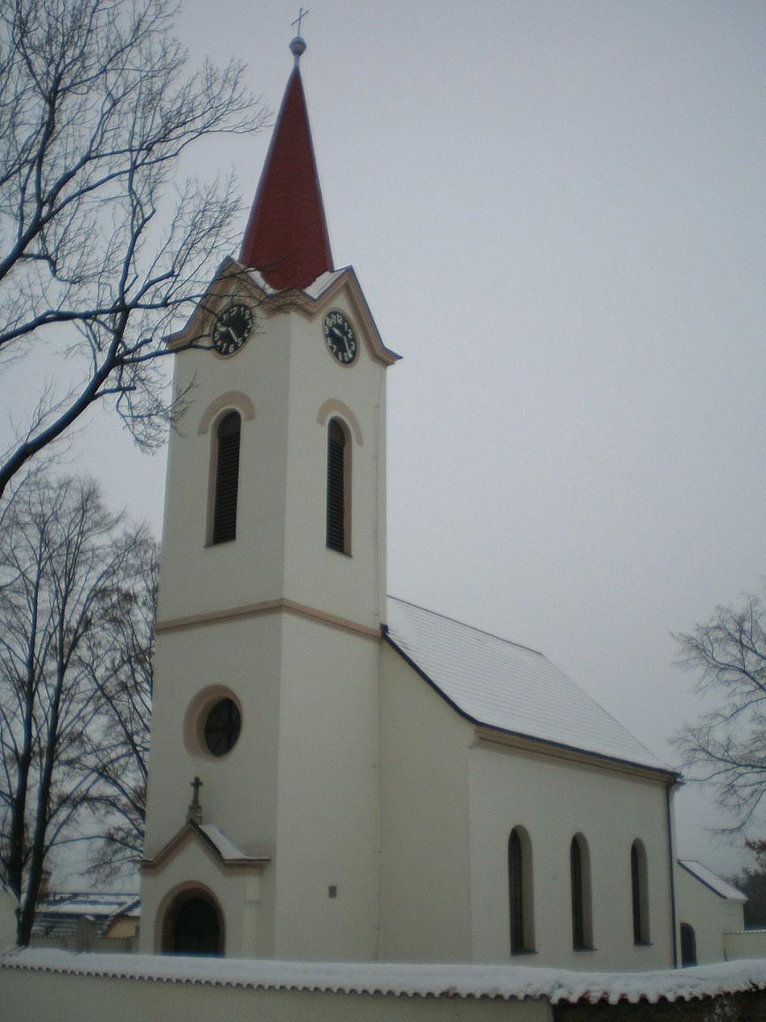 Dubeček - kostel svPetra