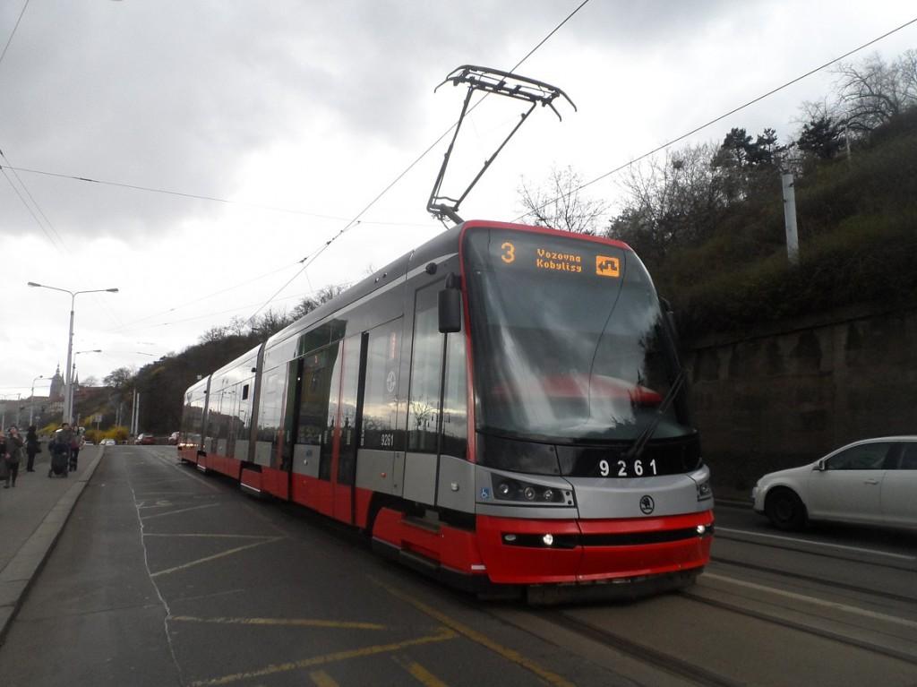 linka 3 na Čechově mostě