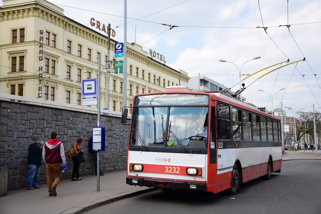 trolejbus 14 Tr