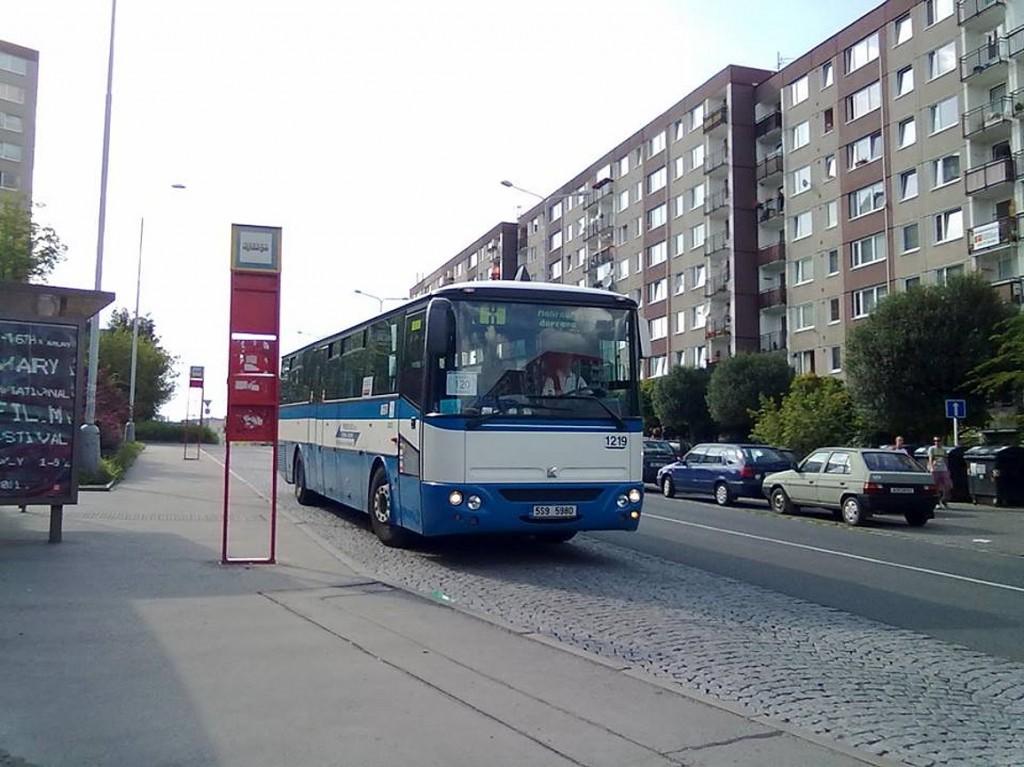 Linka X zajišťovala náhradní dopravu za linky 104 a 120 a za tramvajové linky na Smíchovské nádraží při stávce roku 2012. Řidiči trasu moc neznali, např.: nevěděli, jestli mají zastavit v nějaké zastávce. Interval: 15 minut Trasa: Klukovice - Grussova - Poliklinika Barrandov - Chaplinovo náměstí - Dreyerova - Slivenecká - Hlubočepská - V Uličce - Zdravotní středisko (dnes Michnovka) - Na Srpečku - Hlubočepy - Zlíchov - Pod Děvínem - Pod Konvářkou - Správa sociálního zabezpečení - Křížová - Na Knížecí