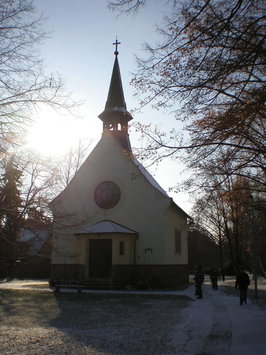 Klánovice - kostel Nanebevzetí Panny Marie