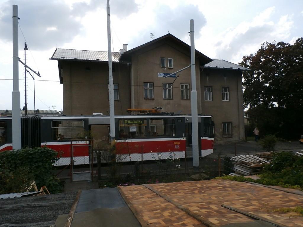 linka 9 směr Hostivice na nádraží Praha - Zličín