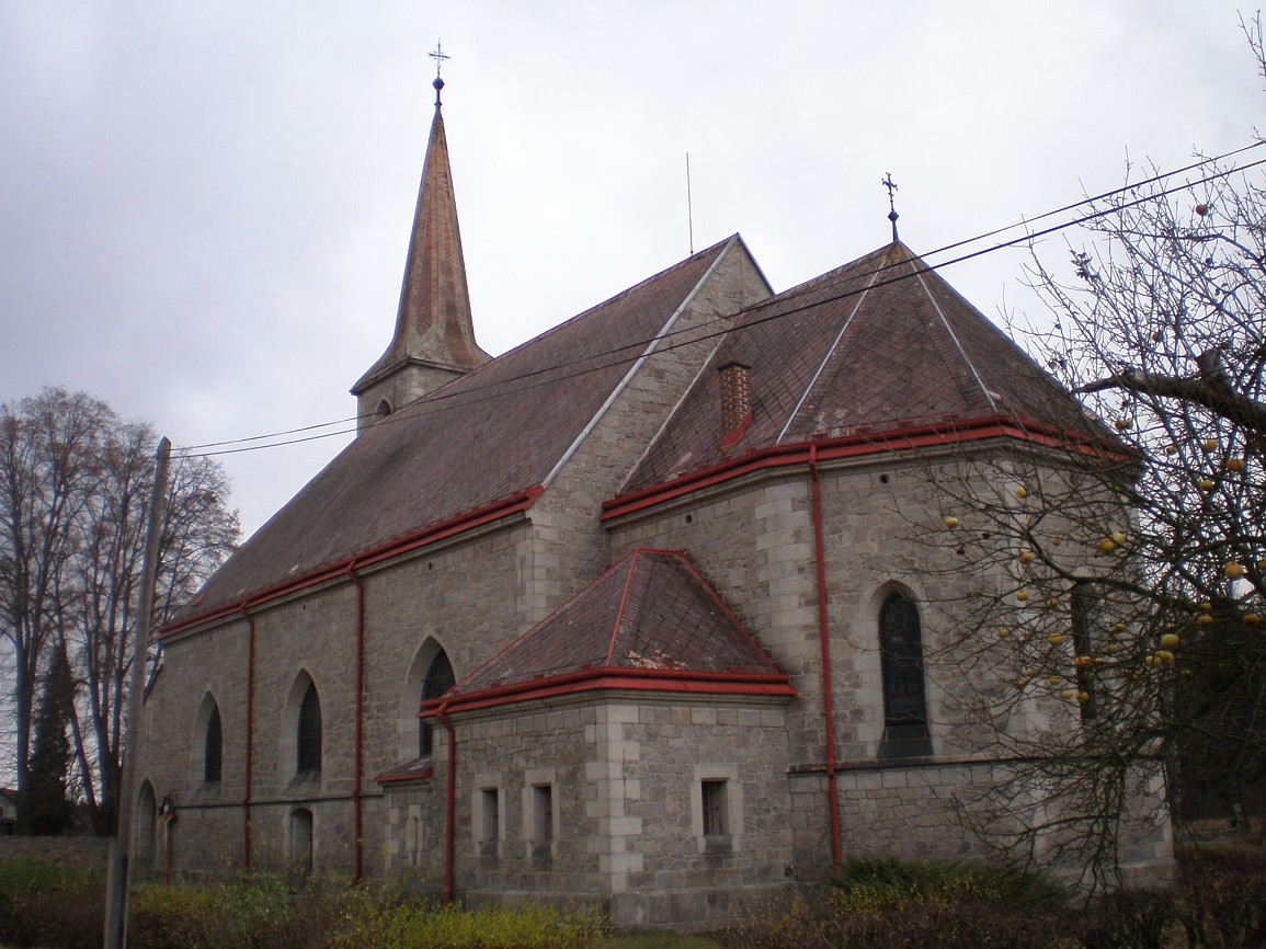 Mukařov - kostel Nanebevzetí Panny Marie