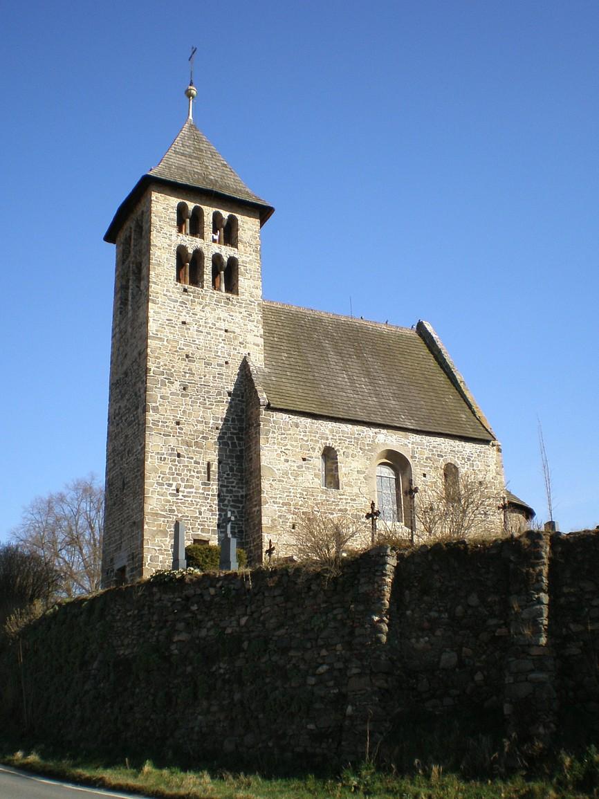 Poříčí nad Sázavou - kostel svPetra a Pavla
