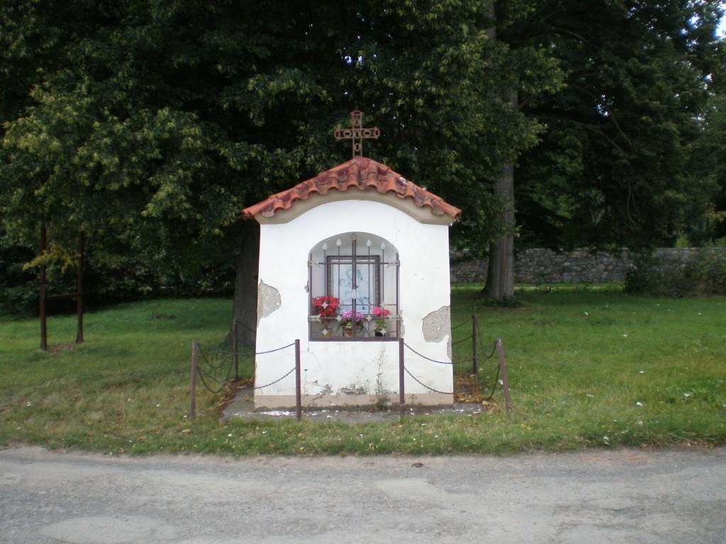 082 - Jablonná - kaplička