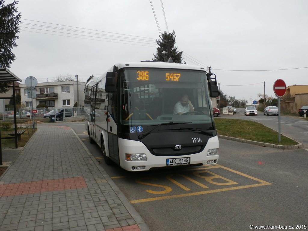 Fotka dne 8. 4. 2015: Od 7. dubna 2015 vyjela nová autobusová linka 386, spojující Satalice s Vinoří a Přezleticemi. Linku dostal dopravce About Me a během prvních dnů si našla již své cestující. Důvodem ke vzniku linky je především nová výstavba v oblasti Vinoře a Přezletic a zlepšení dopravní obslužnosti novým tangenciálním spojením ke vlaku do Satalic.