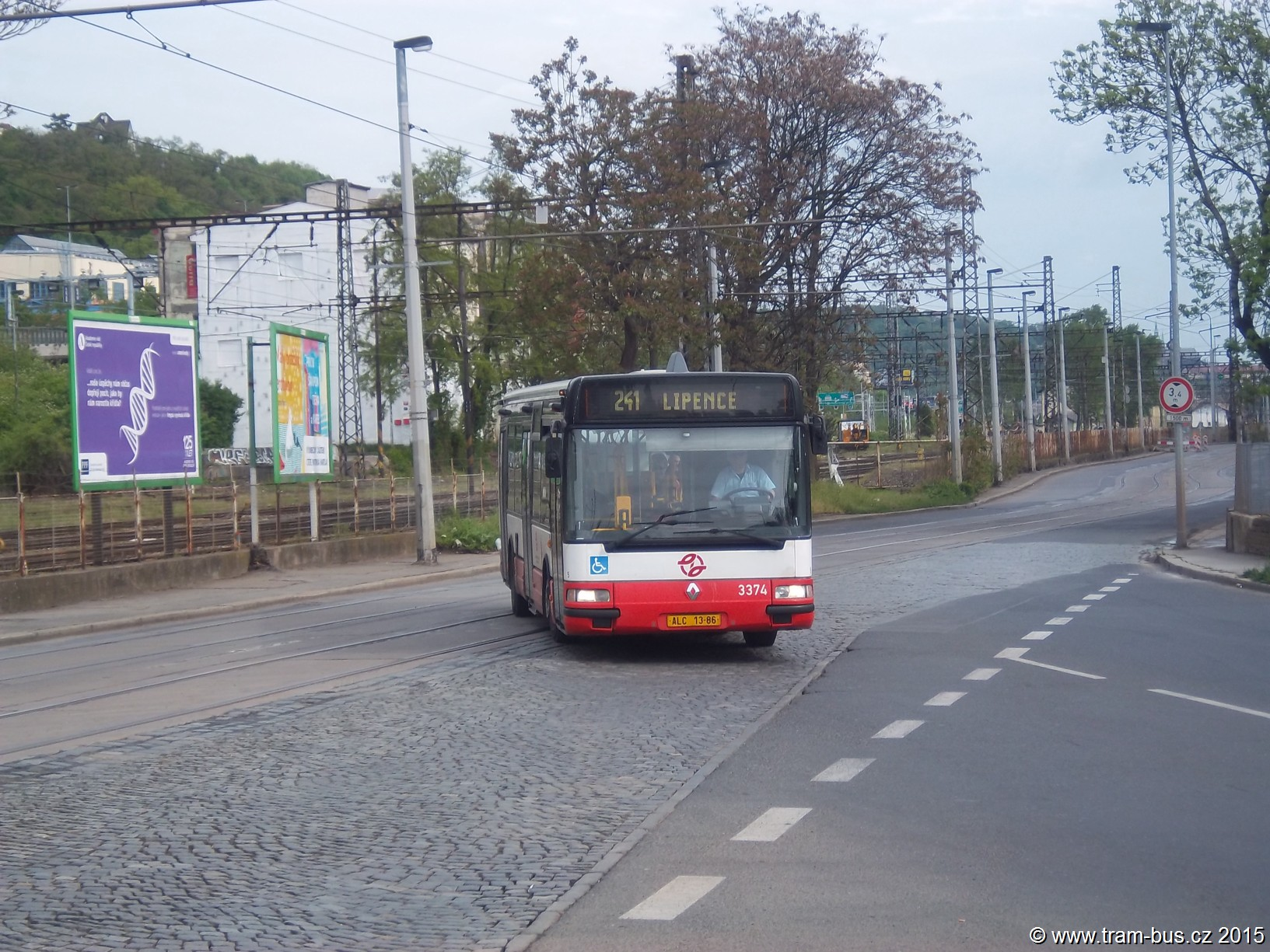 241 Citybus 3374 Lihovar 2015