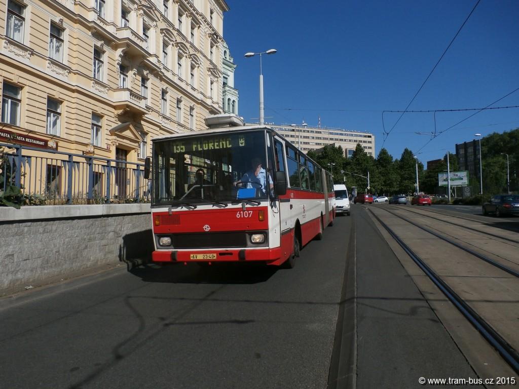 3891-linka-135-Náměstí-Winstona-Churchilla-DPP-Karosa-B-741-6107.JPG
