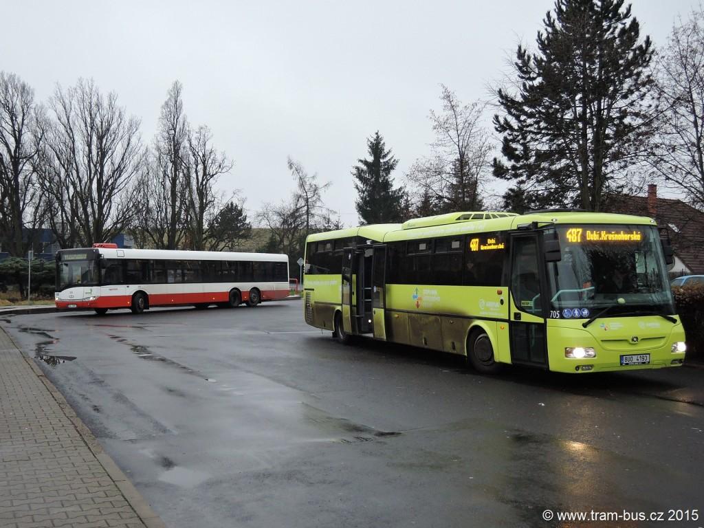 055 - linka 582 487 Chlumec Arriva Teplice SOR CN 12.3 705 linka 11 Ústí nad Labem,,Divadlo DP Ústí nad Labem Solaris Urbino15 201