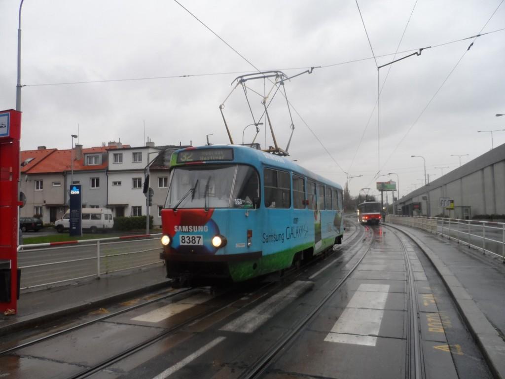 1417 - linka 32 Zahradní Město DPP Tatra T3R.P 8387