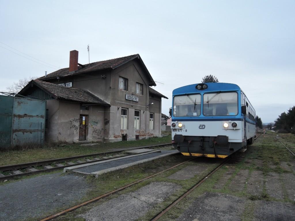 186 - trať 094 vůz 809 677-8 ČD Lužec nad Vltavou