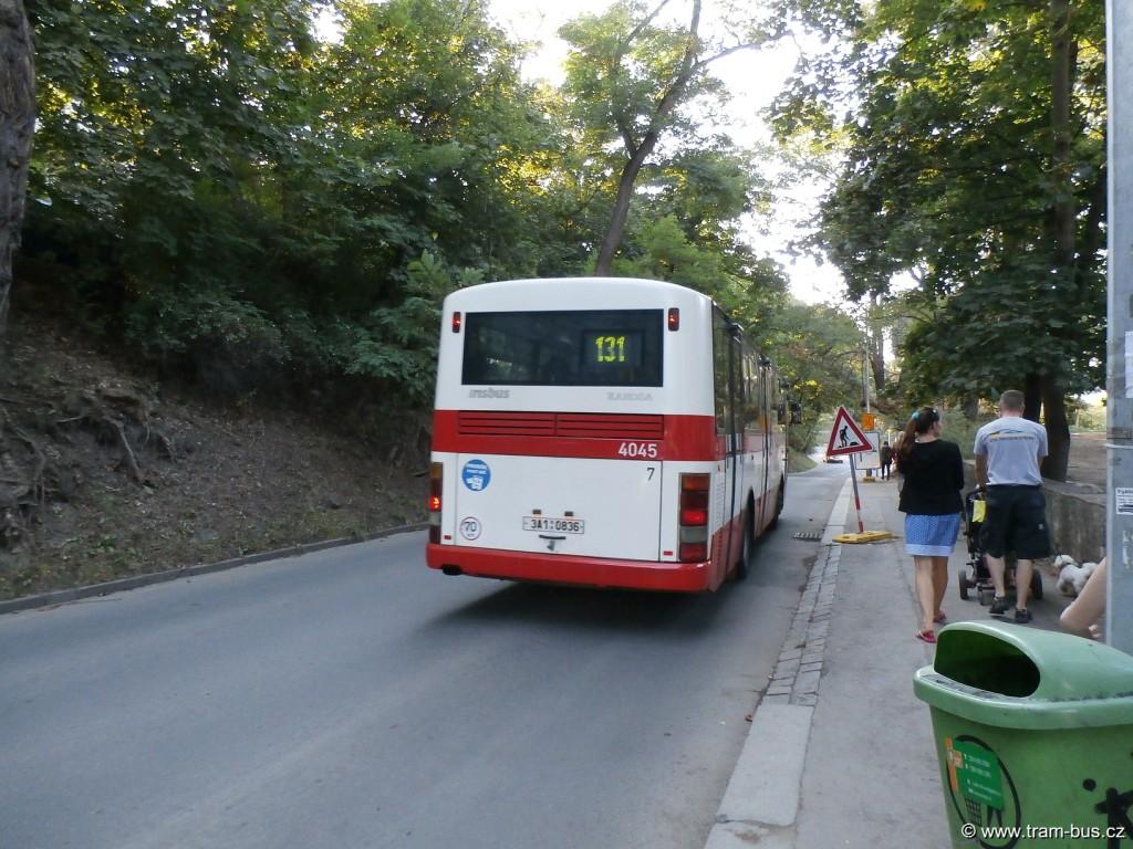 linka 131 Karosa B 951 Nádraží Bubeneč (Goetheho) 2014