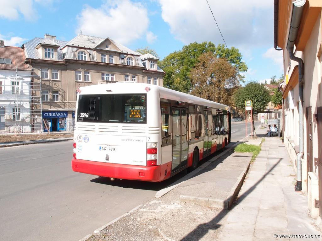 linka 256 SOR NB 12 Řeporyjské náměstí 2014