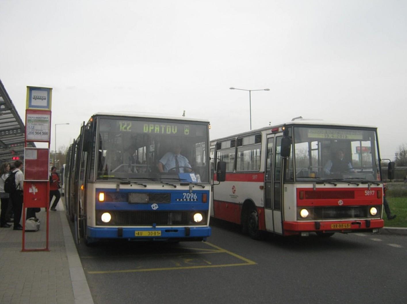 Linka 122 Karosa 7096