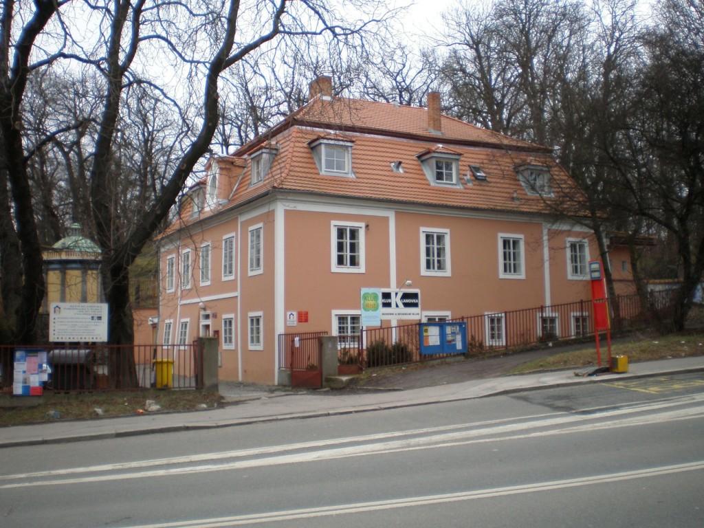 831 - Smíchov - Klamovka