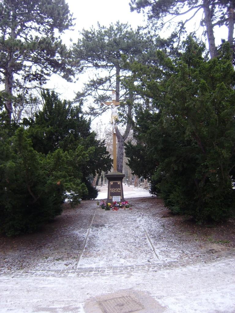 a81 - Olšanské hřbitovy