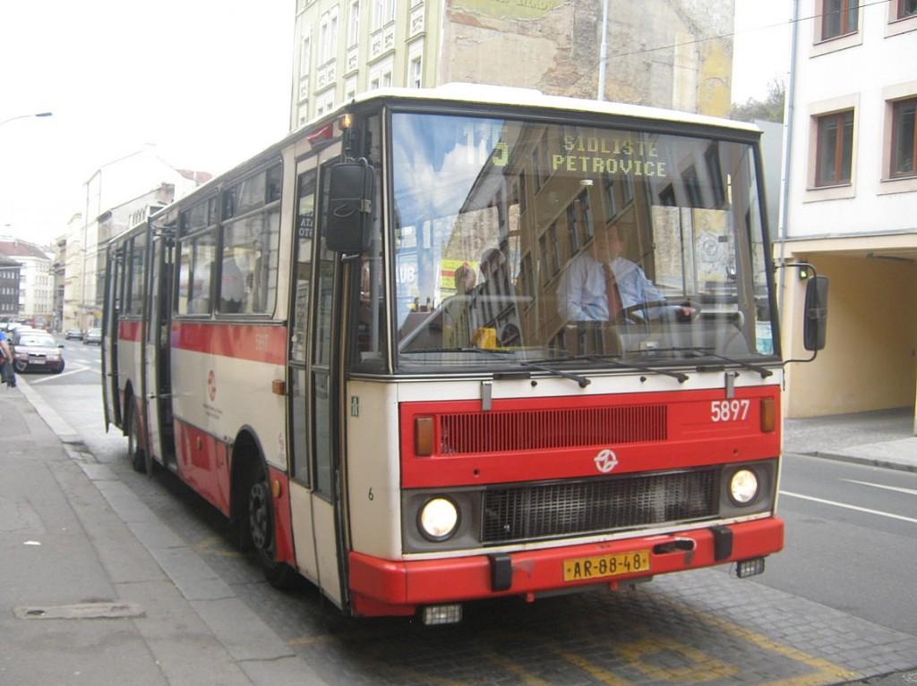 B 732