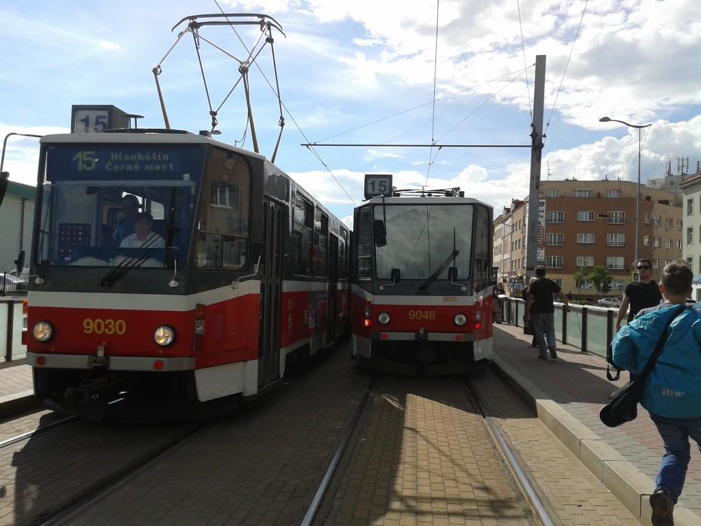 setkání tramvají KT8D5 na Ocelářský