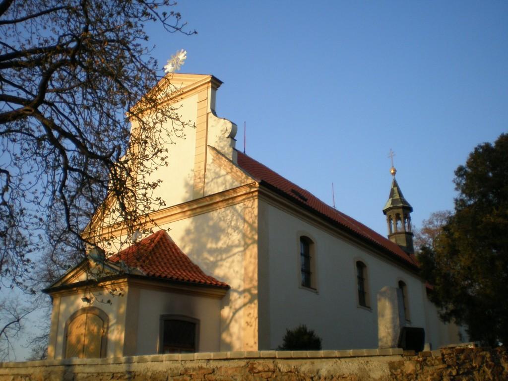 972 - Modřany - kostel Nanebevzetí Panny Marie