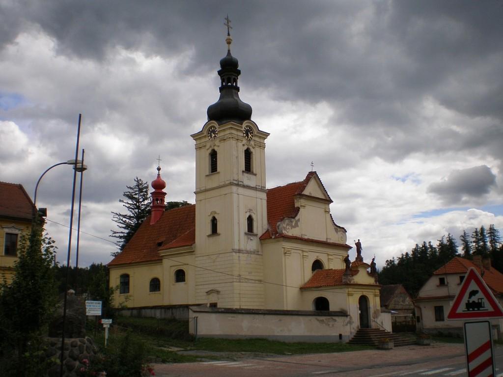 026 - Chocerady - kostel Nanebevzetí Panny Marie
