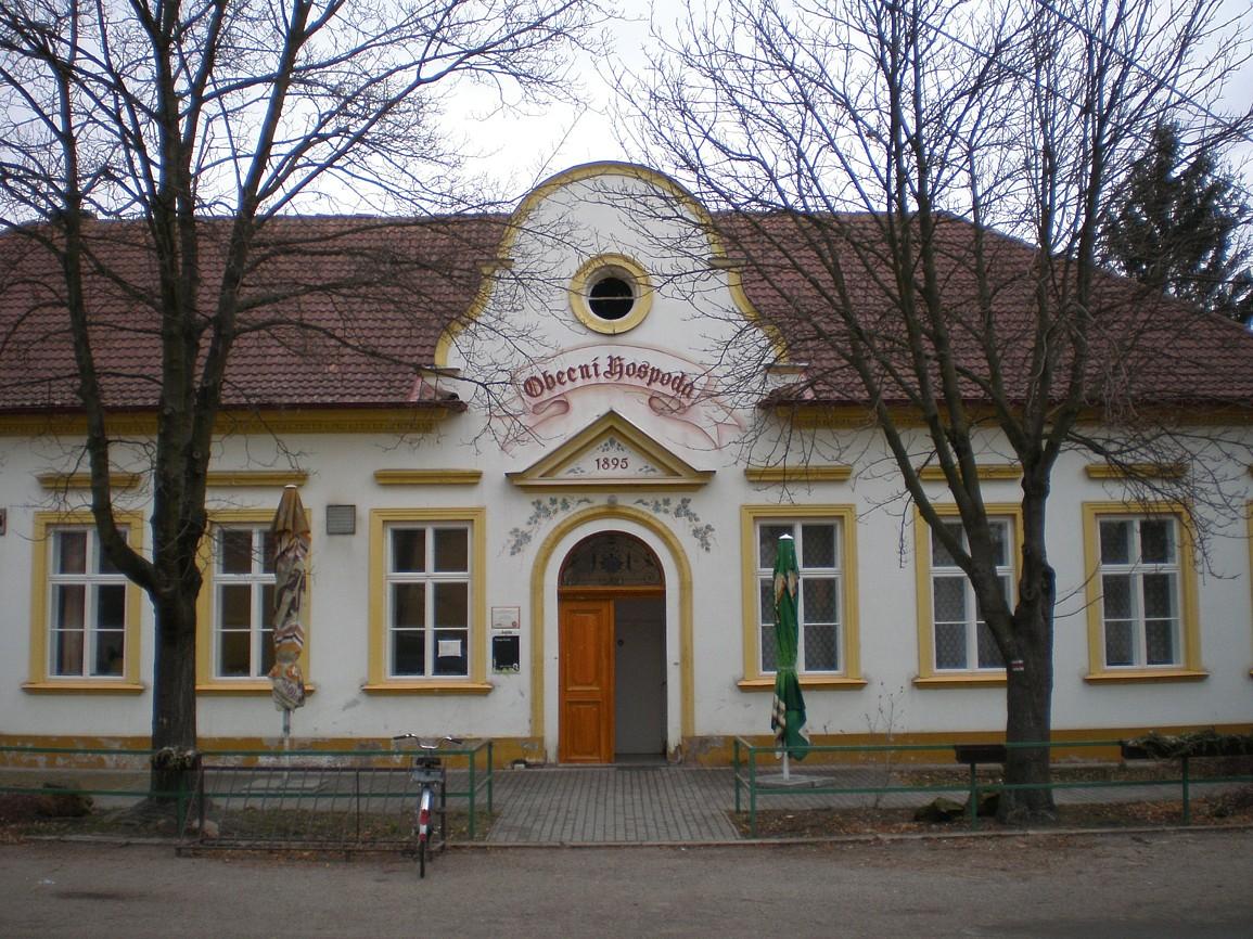 419 - obecní hospoda v Křenku