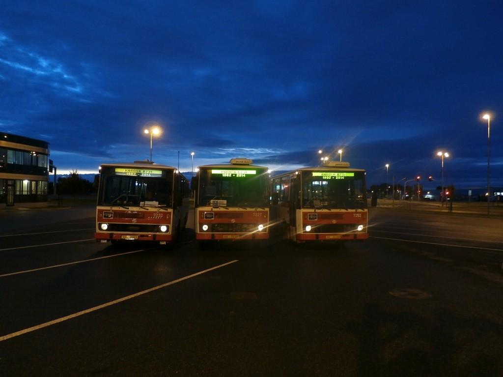 setkání tří vozů B 731 po poseldní jízdě