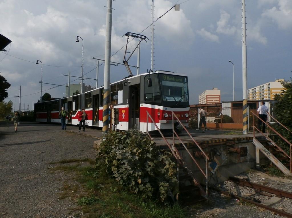 linka 9 směr linka 9 na nádraží Praha - Zličín