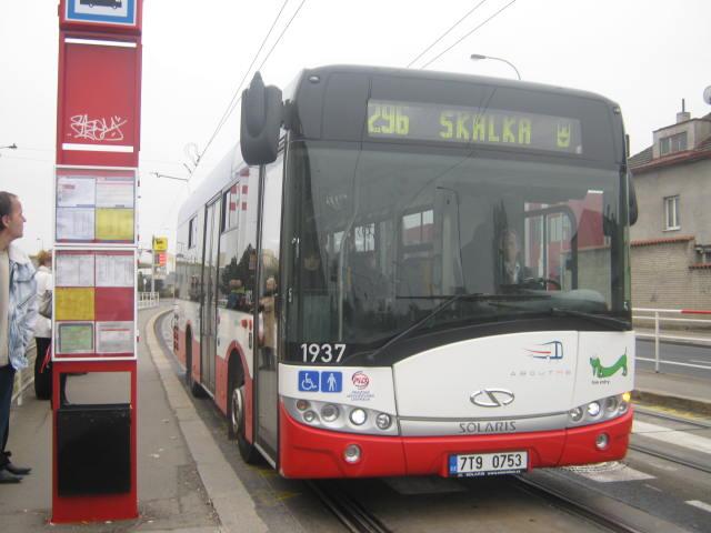 Linka 296 Solaris Urbino 8.9 Zahradní Město