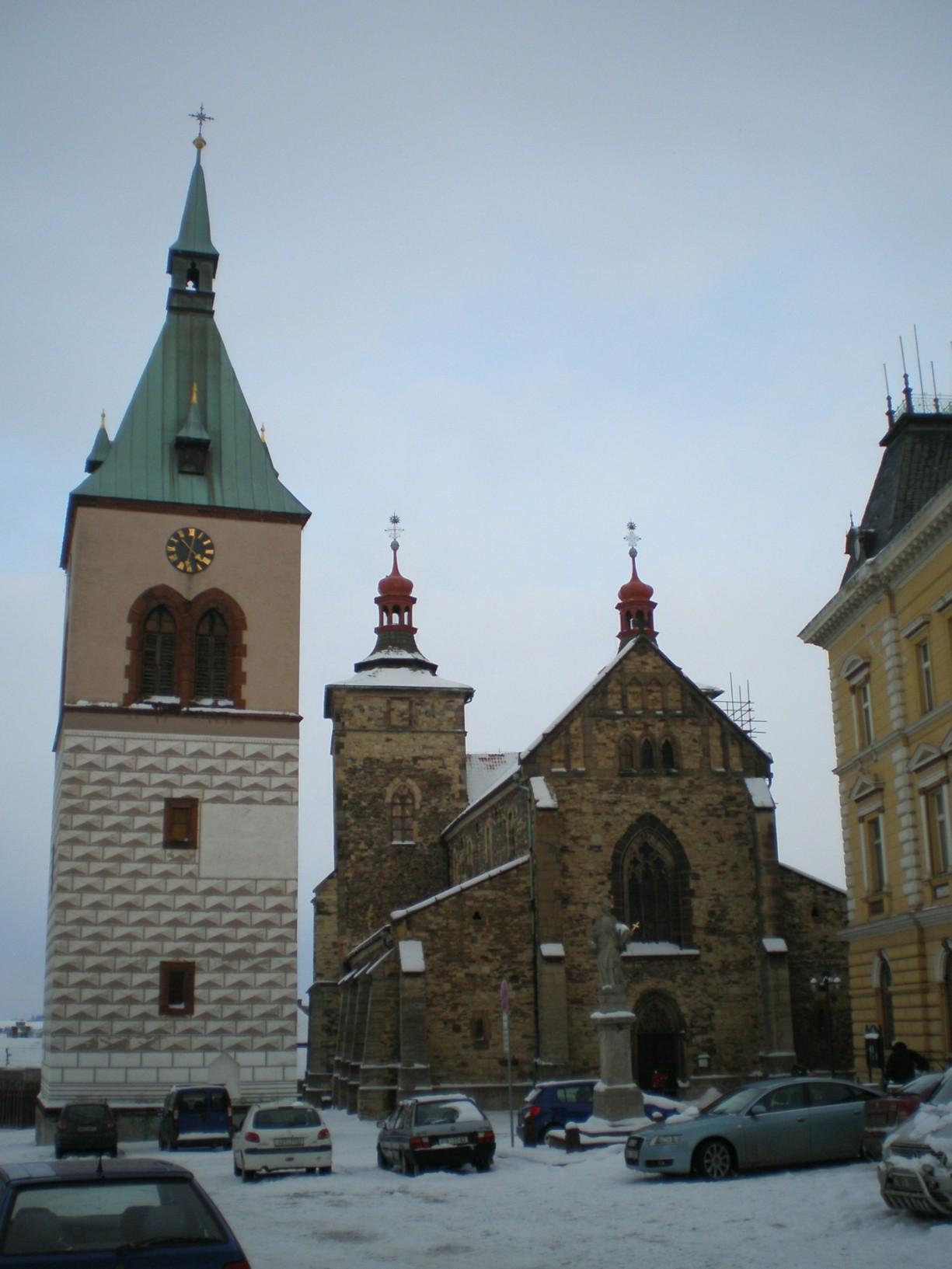 056 - Kouřim - kostel svŠtěpána se zvonicí