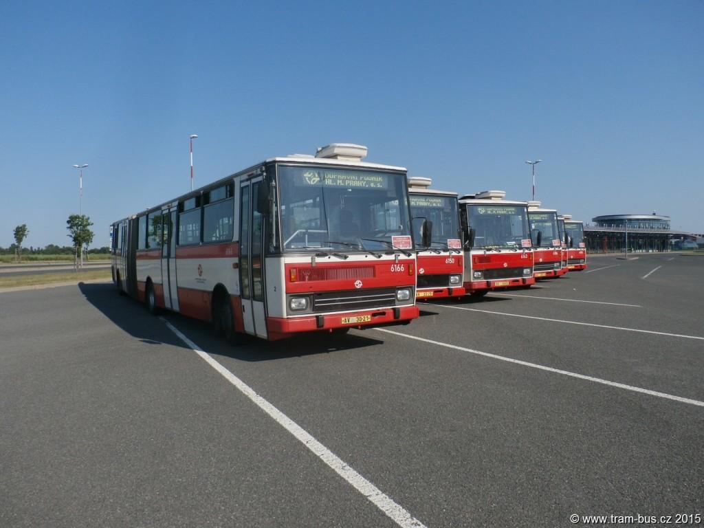 3949-Letňany-DPP-Karosa-B-741-6166-6150-6163-6116-6147-a-6105-rozloučení-s-vozy-Karosa-B-741.JPG