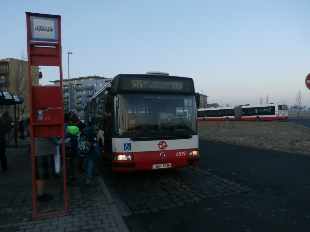 3430 - linka 575 Sídliště Čakovice DPP Irisbus Citelis 18M 6519