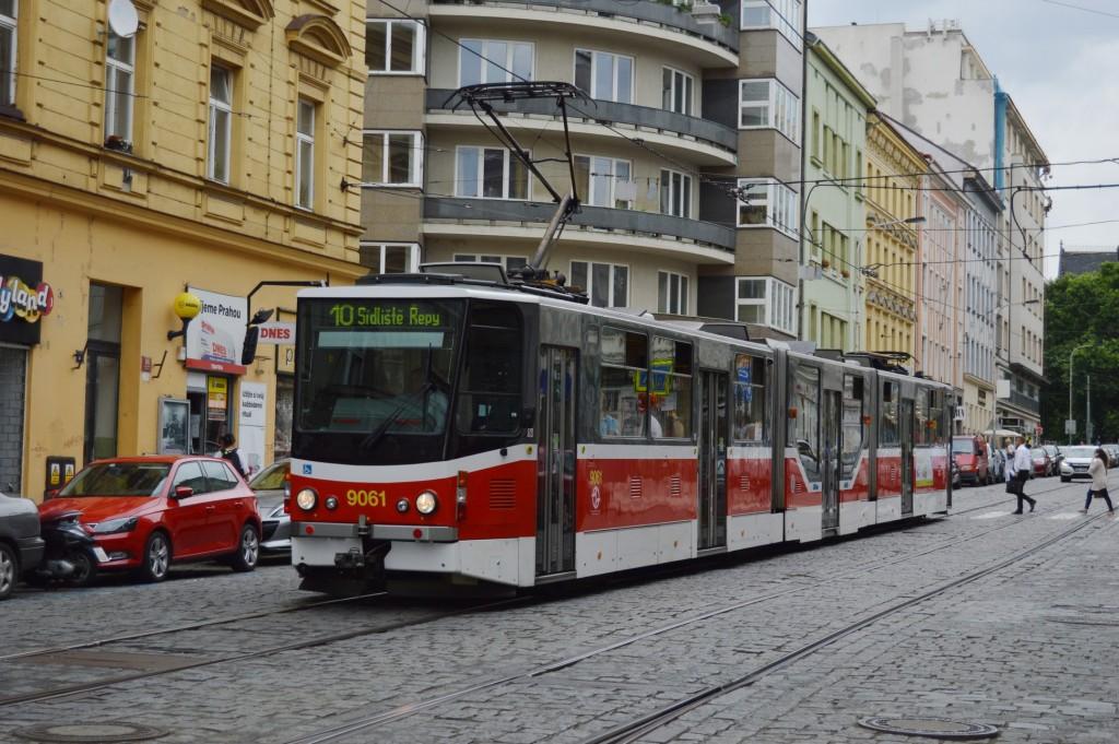 9061 - linka 10 Blanická DPP Tatra KT8D5RN2P