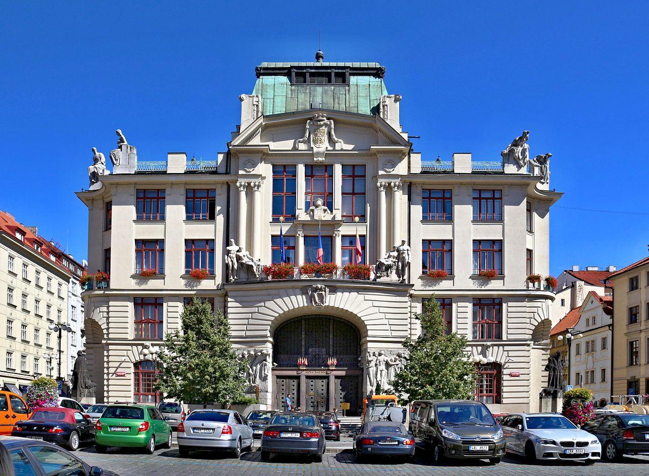 Politické strany k rozvoji pražské MHD před komunálními volbami 2018
