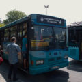 Postarší autobus na lince 94A na stanovišti Beyazit.