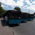 Stanoviště autobusů MHD u tramvajové zastávky Beyazit.