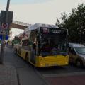 Autobus linky 92C poblíž stanice metra Haliç.