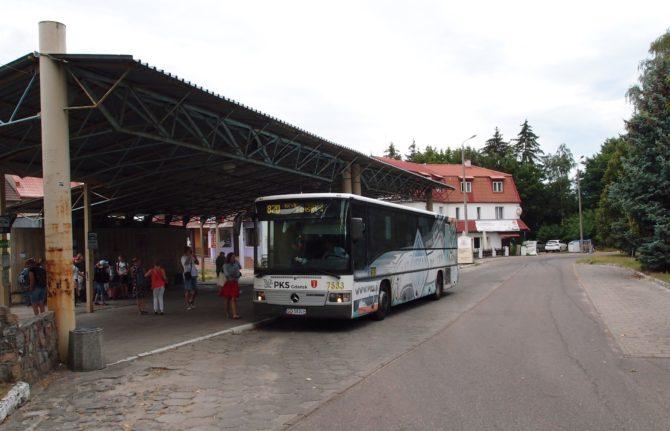 Autobusové stanoviště Stegna s linkou 870 směr Krynica Morska, Piaski